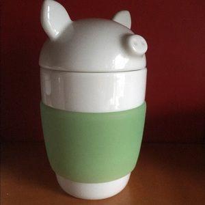 Porcelains piggy mug. Brand new.